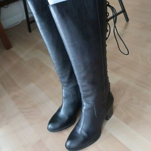 Sofft boots brand new